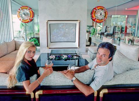 82574694 Også Limahl og Terri Nunn fra Berlin la merke til Giorgios appetitt på damer  da de senere samarbeidet med ham. Terri Nunn: